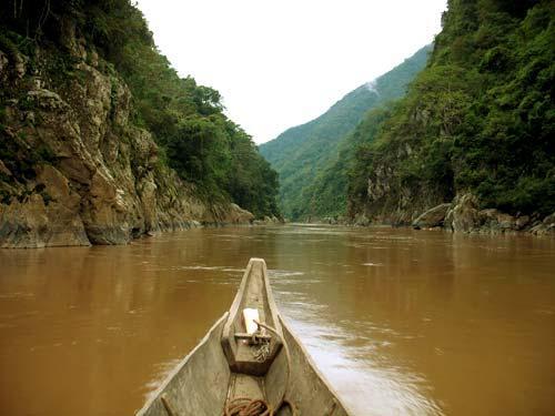 """Phan tich nguoi lai do song Da - Phân tích """"Người lái dò sông đà"""" của nhà văn Nguyễn Tuân"""