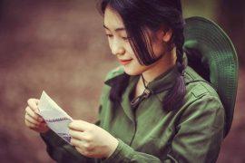 """Phân tích nhân vật Phương Định trong tác phẩm """"Những ngôi sao xa xôi"""" của Lê Minh Khuê"""