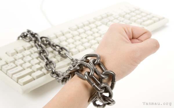 nghi luan xa hoi ve hien tương nghien internet